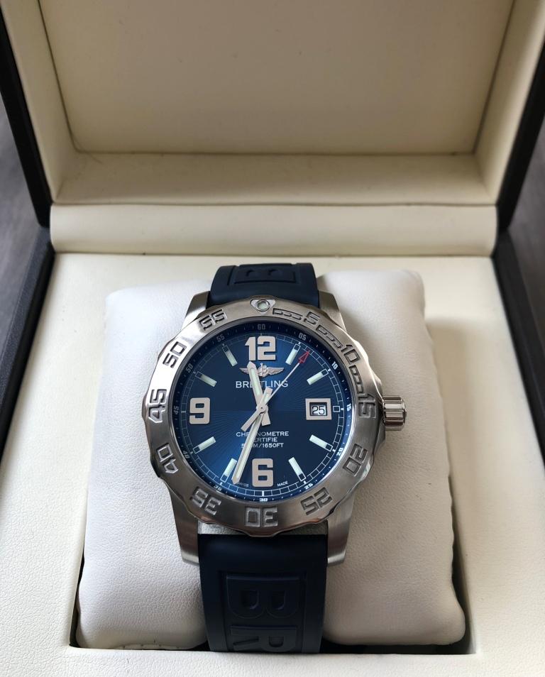 09e35678 Швейцарские часы Breitling Colt Superquartz 44 купить в Часовом ...